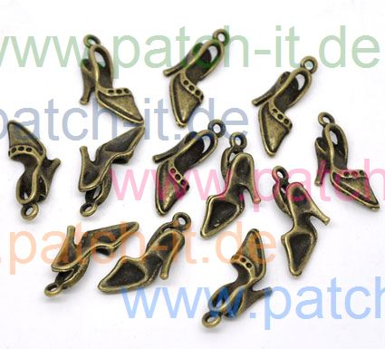 "Charms "" Ausgehschuh"" altmessing"